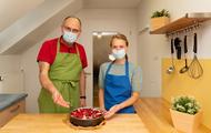 Konditormeister Stefan Salzer und Diätassistentin Manja Büchner (c) Kirsten Lassig