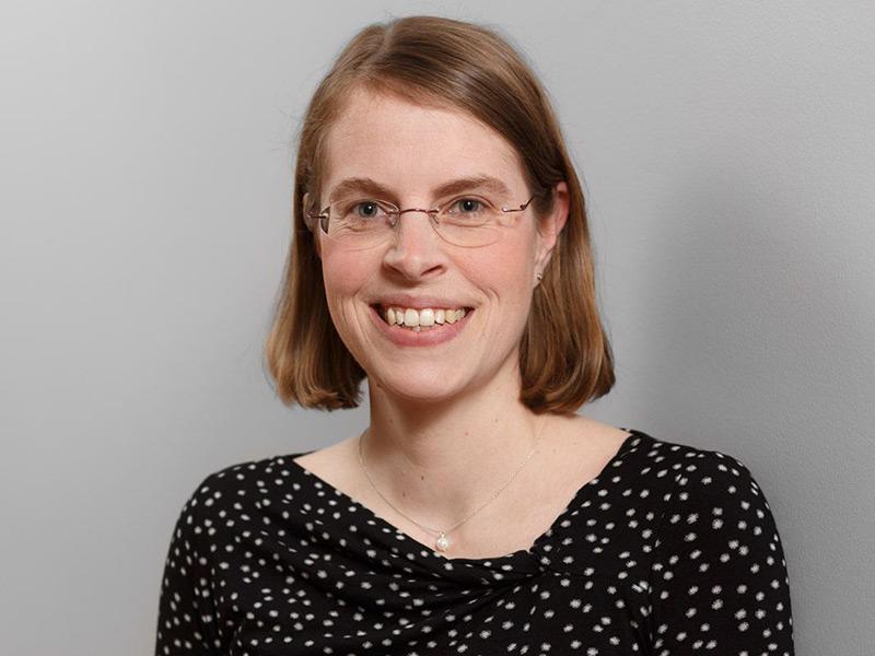 Dr. Anna Kraft